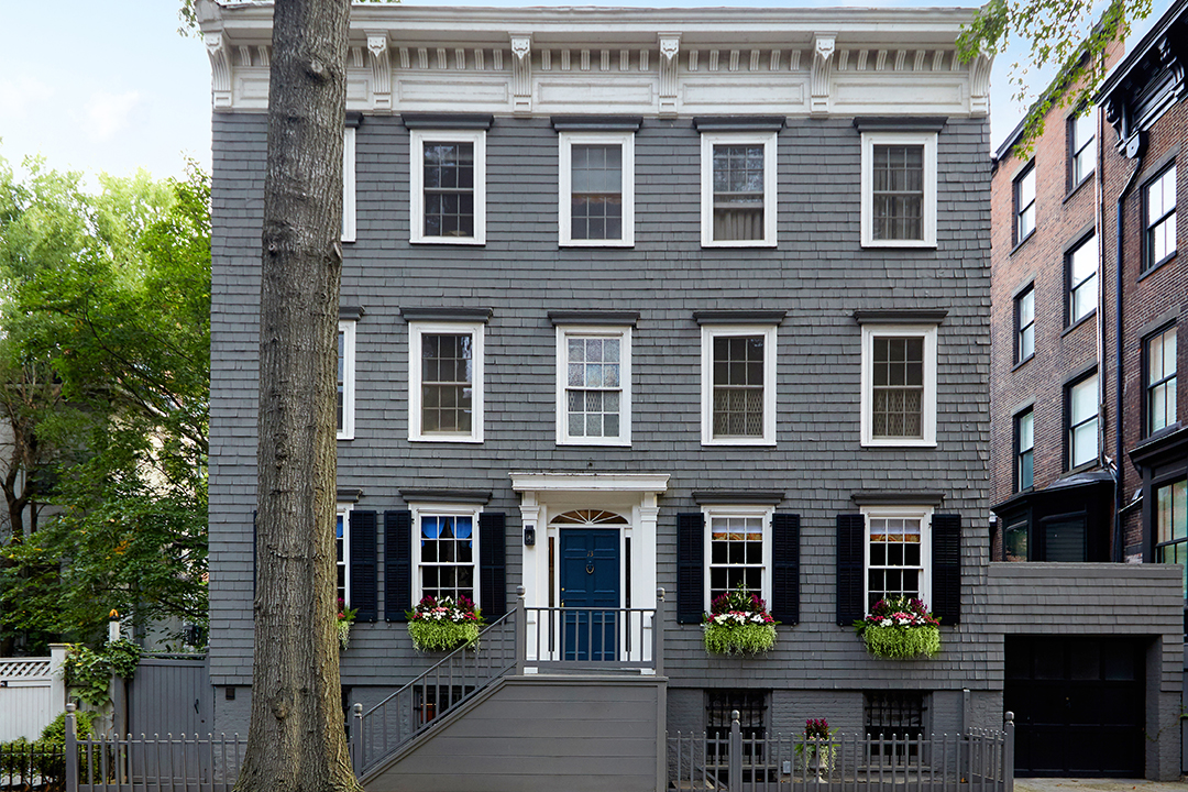 Exterior of 1820s wood frame house in Brooklyn Heights, NY