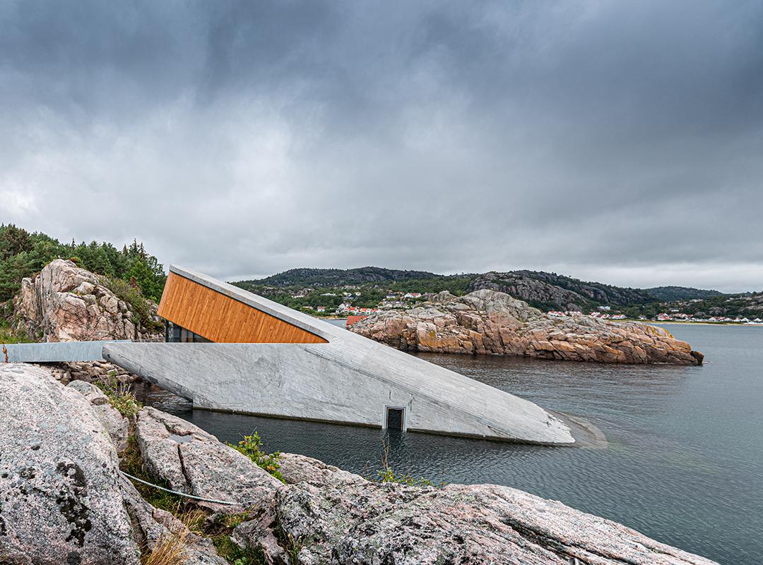 Norway restaurant half underwater
