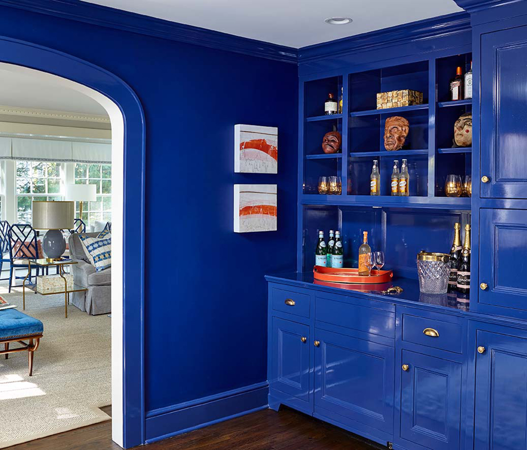 Bar Nook wall with blue accent color.