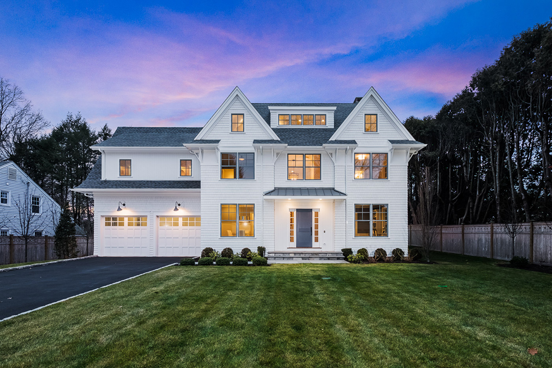 Chic Westport Home Serves Up Colonial Style With A Contemporary Twist For Under 2m