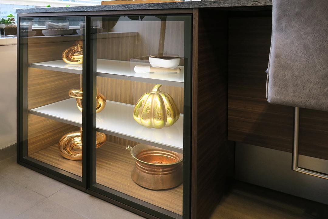 Precision Meets Fashion In These Glamorous Glass Doors Eggersmann Cabinets Styled