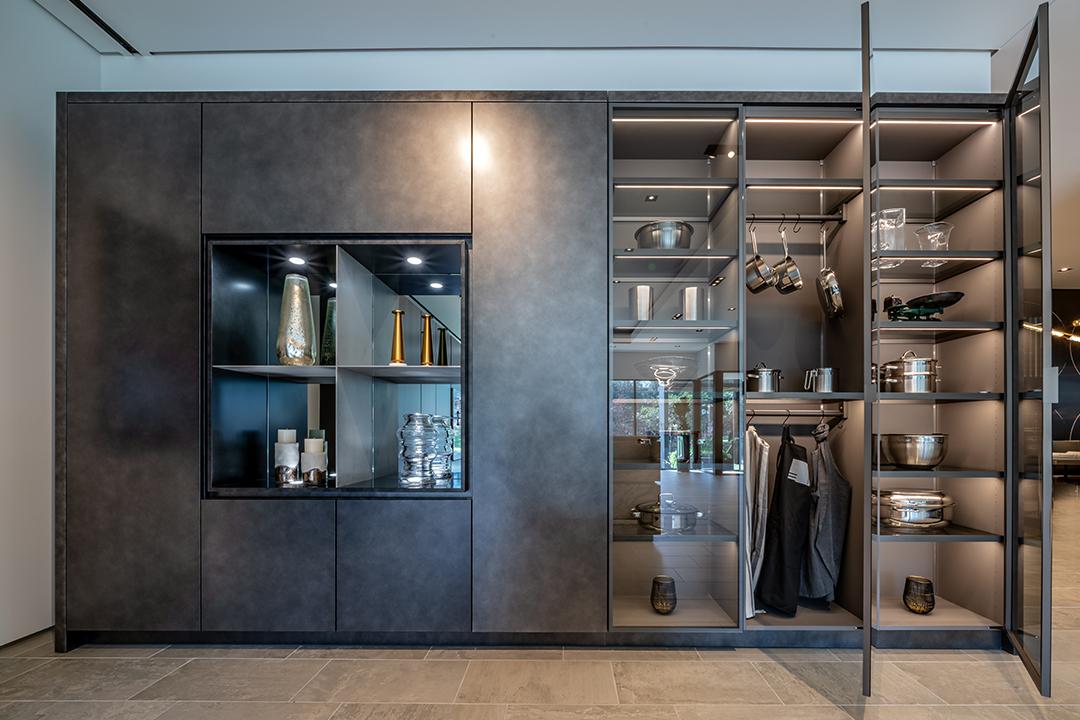 Precision Meets Fashion In These Glamorous Glass Doors Eggersmann Kitchen B