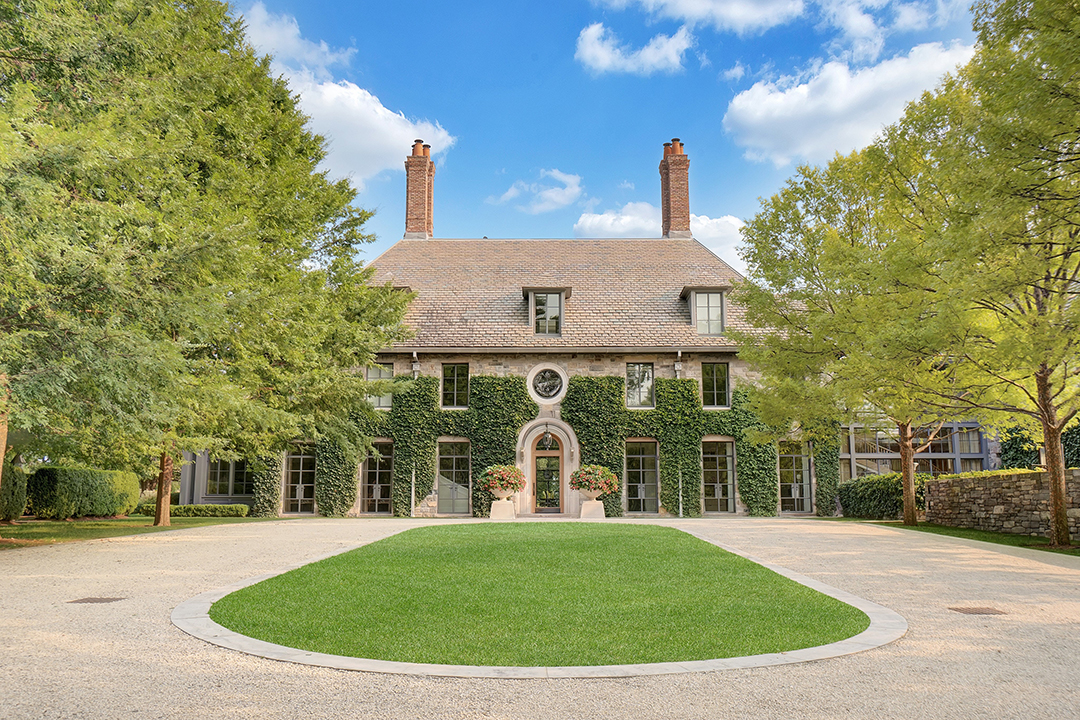 Grand In Greenwich An Ivy Covered Mansion Seeks 32 5m