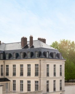 First Hotel On Palace Of Versailles Grounds Will Finally Open This Summer Le Grand Controle Facade 2