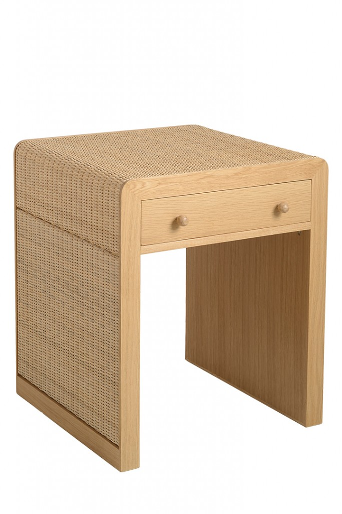 15 Best Furnishings For A Simple And Natural Design Bedside Table