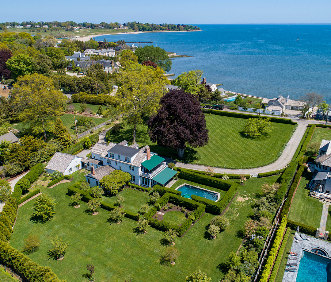 Classic Southport Ct Home Near The Beach Asks 5 6m Southport Aerial