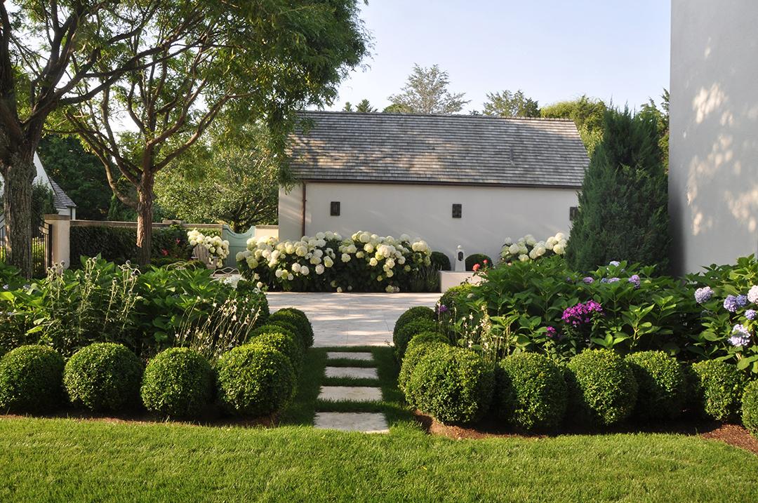 Harmonia Creates A Garden Sanctuary In Water Mill Pathway