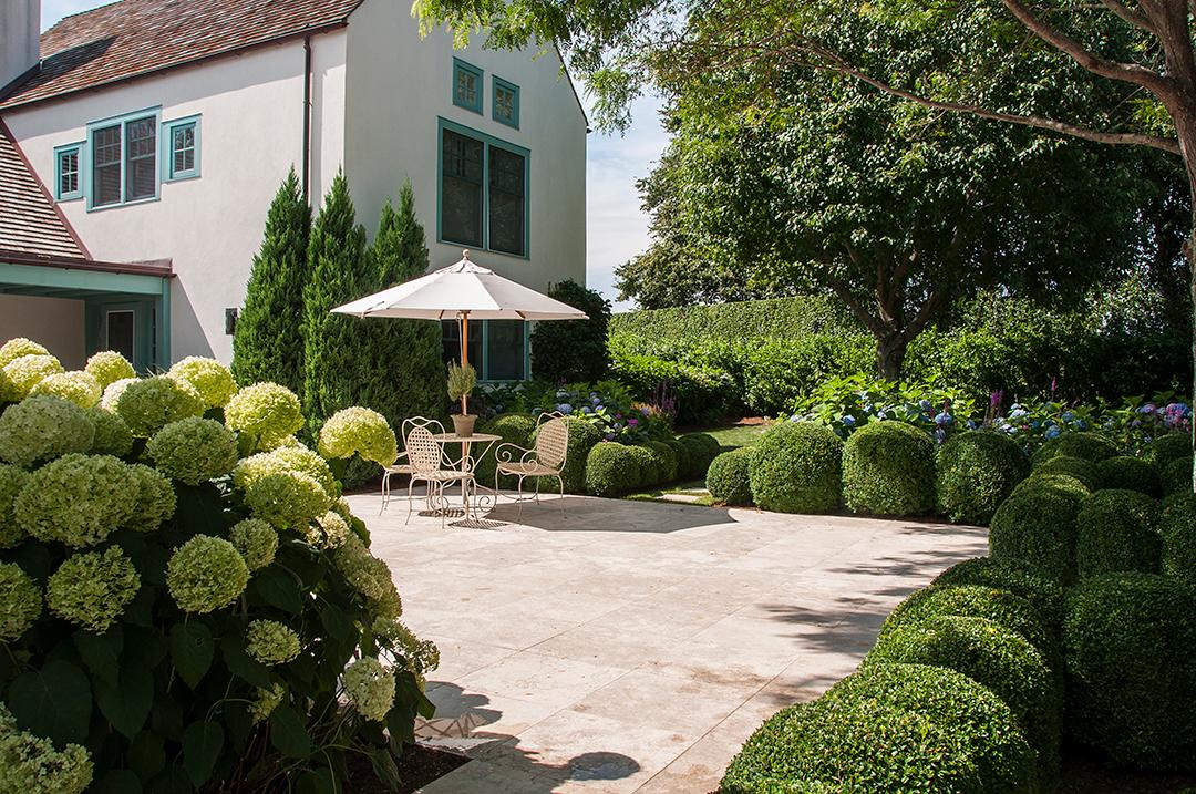 Harmonia Creates A Garden Sanctuary In Water Mill Patio