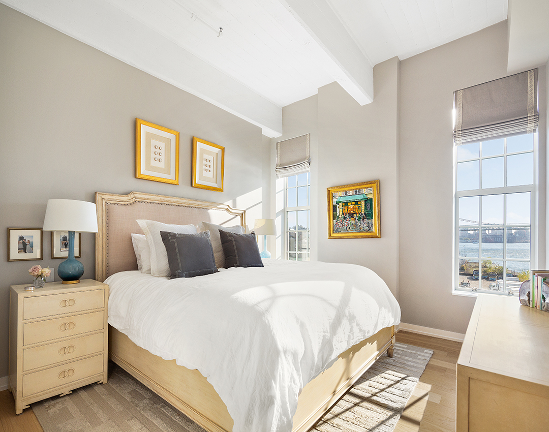 4 Expert Tips For Sellers Right Now In New York City Bedroom