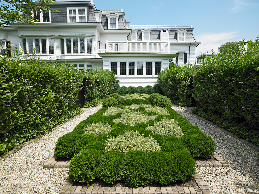 All About Hamptons Landscape Design And Trends With Groundworks Linda Silich Credit Charles Mayer Entry