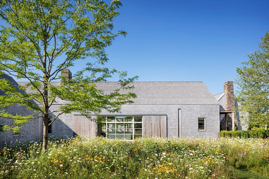Tour Stunning Landscapes Of The Hamptons Created By Summerhill Landscape Architect Rees Roberts And Partners Photographer Scott Frances