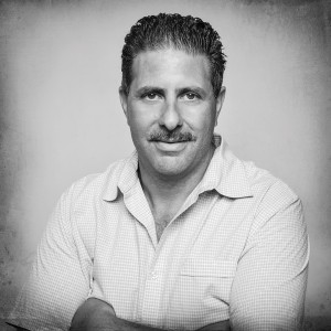 Step Inside A Dramatic Kitchen On Long Island Gary Ciuffo Headshot 002