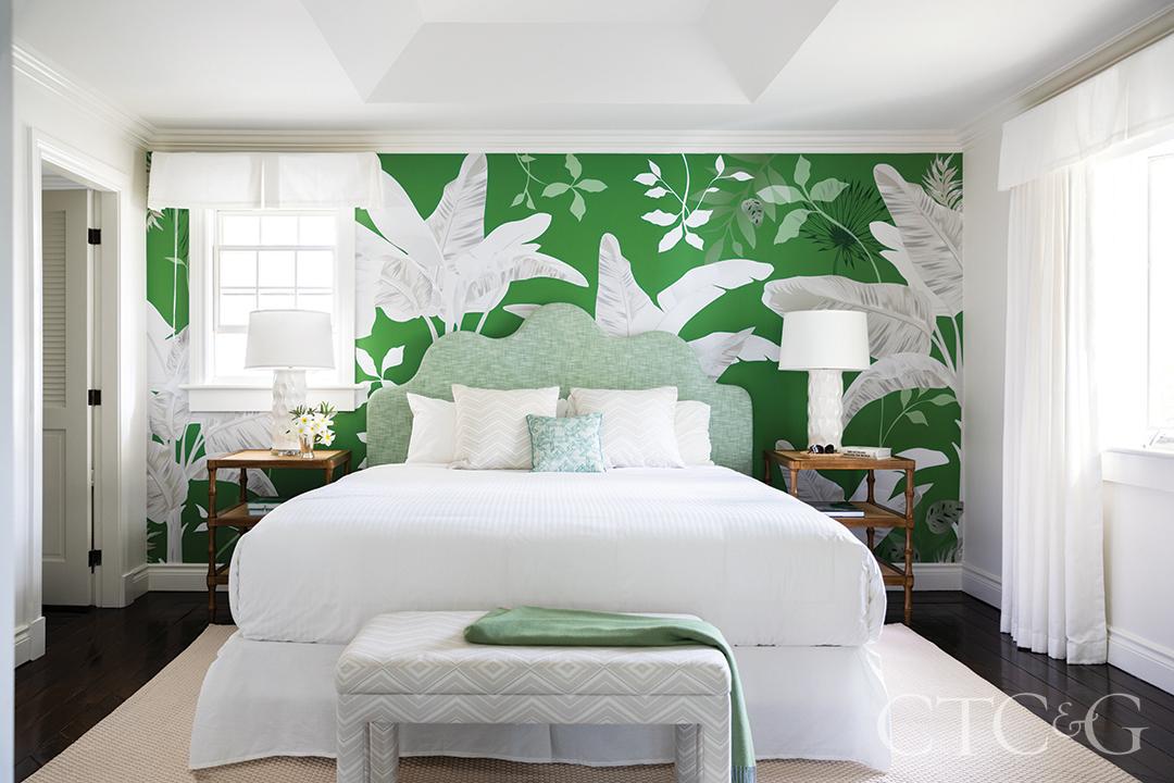 palm leaf pattern wallpaper bedroom design