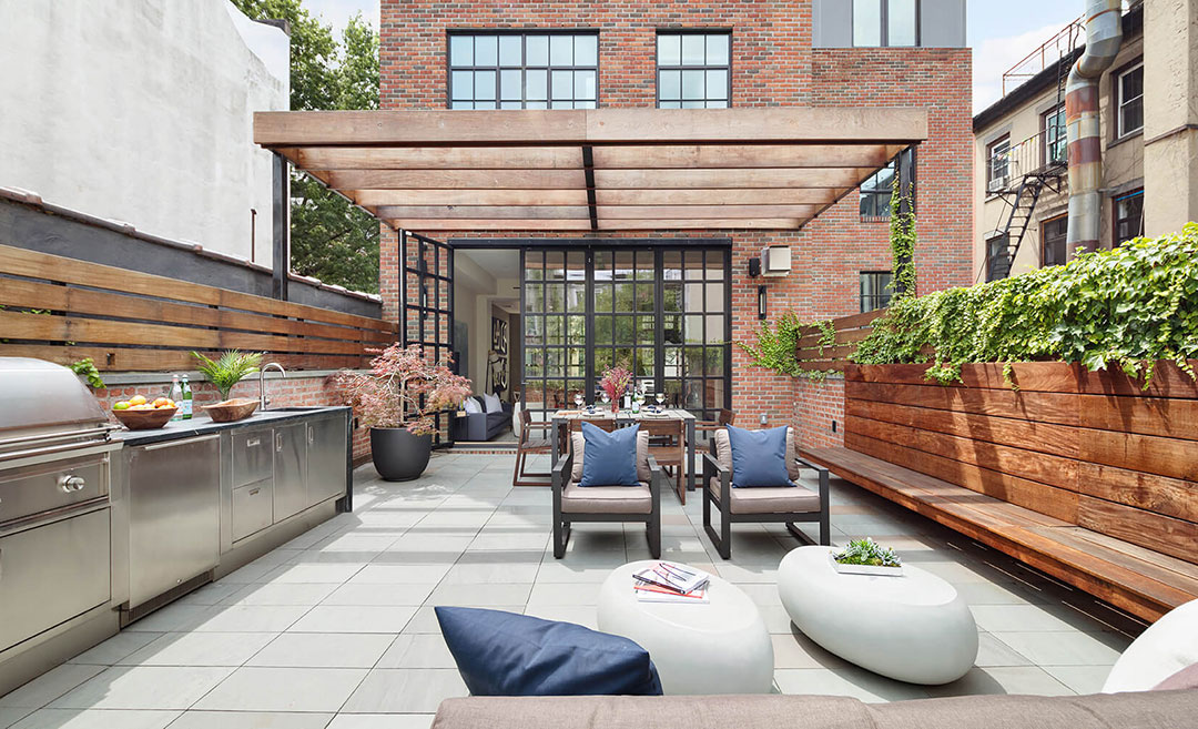 Door Closes on Carroll Gardens Garage as Transformed Townhouse Goes for $9.15M
