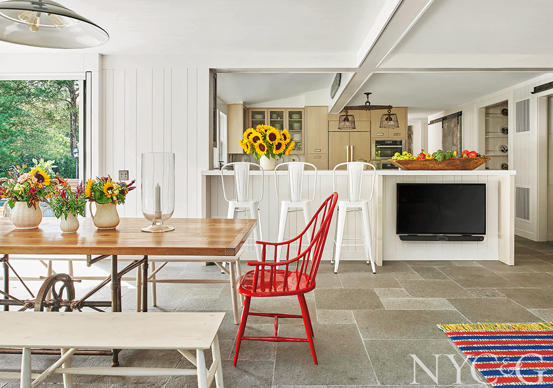 Designer Phillip Thomas Spruces Up a Family's Longtime Summer Home