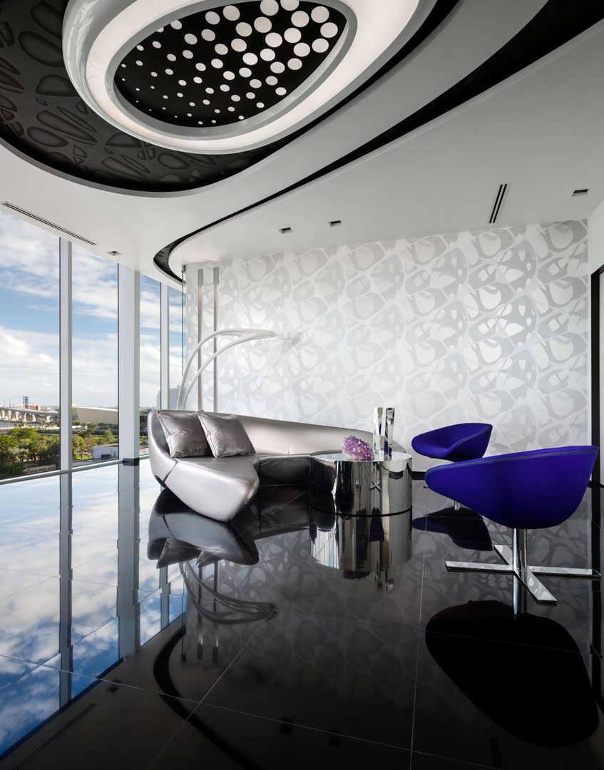 Look Inside Zaha Hadid S Only Residential Skyscraper In The Western Hemisphere Cottages Gardens