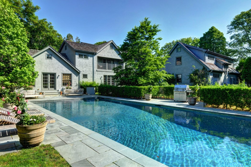 Naomi Watts and Liev Schreiber's Amagansett Lanes home is available for $5.85 million.