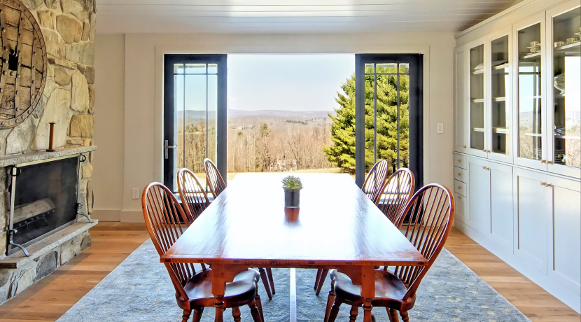 A Modern House with Sweeping Views Is Available to Rent in Washington, CT